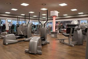 Fitnessstudio Fitter Hirsch